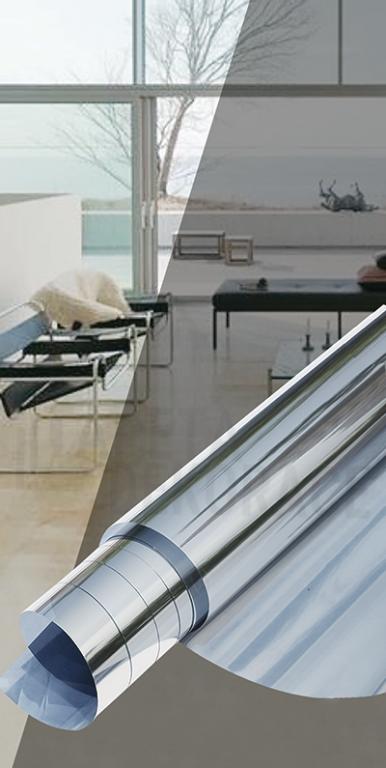 Samolepící protisluneční fólie na okna stříbrná zrcadlový efekt 10255, rozměr 0,75 x 2 m, nožík, stěrka / SUN FOIL Privacy Gekkofix